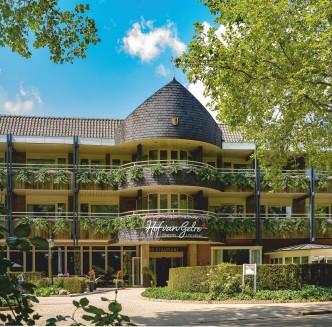 Hof van Gelre recht zonder parasol (002) verkleind