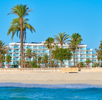 Hipotels Cala Millor Park view from beach